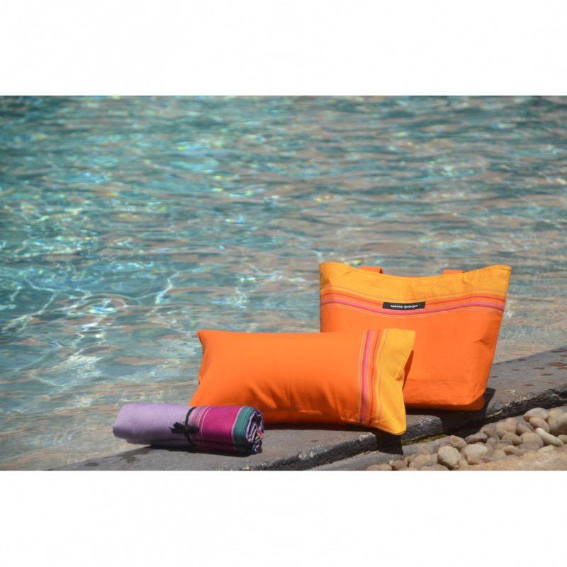 coussin de bain plage coloris spritz. Black Bedroom Furniture Sets. Home Design Ideas