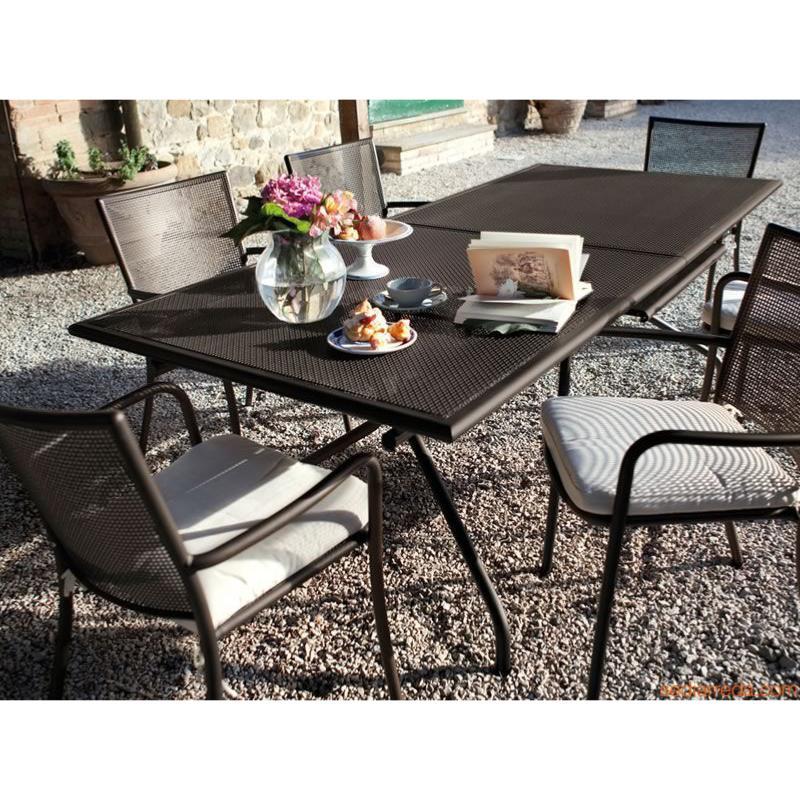 table jardin emu cool emu mobilier jardin table with table jardin emu interesting repose pieds. Black Bedroom Furniture Sets. Home Design Ideas