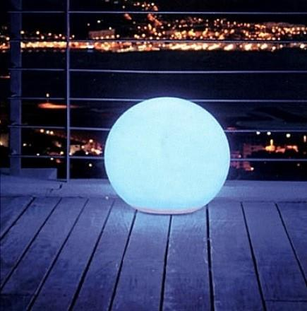 Boule lumineuse 60 multicolore for Eclairage exterieur boule lumineuse